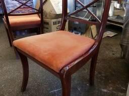 Продам стулья б/у для кафе и ресторанов деревянных с мягкой