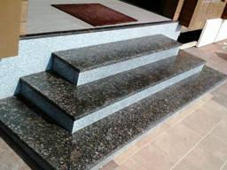 Ступени для лестниц из натурального камня