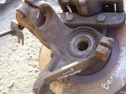 Ступица колеса переднего левого/ правого Citroen Berlingo (1