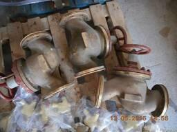 Судовая донно-забортная арматура и клапана гидравлики.