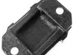 Сухарь ЗИЛ-4331 заднего кронштейна задней рессоры