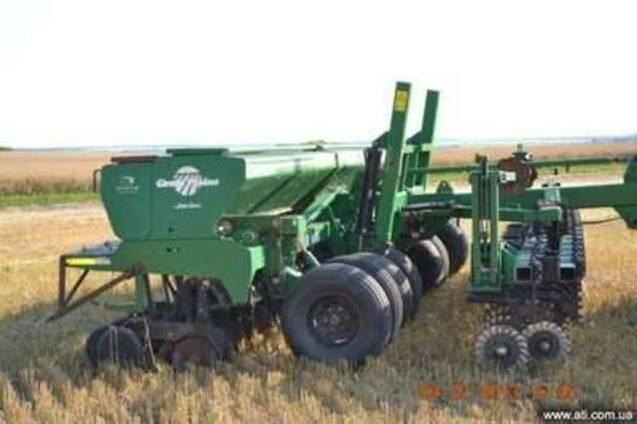Сухие удобрения на сеялки Great Plains John Deere