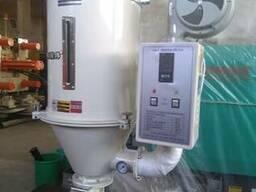 Сушильный бункер, бункерная сушилка для термопластавтоматов.