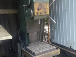 Сверлильный станок 2Г125