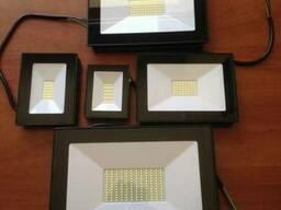 Светодиодный прожектор 10-100Вт.