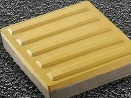 "Тактильна плитка бетонна ""нарямок"" 300х300х60 мм"