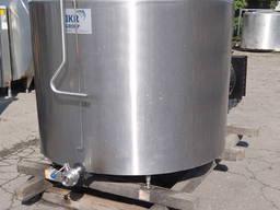 Танк-охолоджувач молока 1200 літрів DeLaval