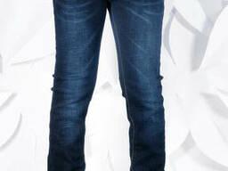 Темные классические прямые джинсы на мальчика 158