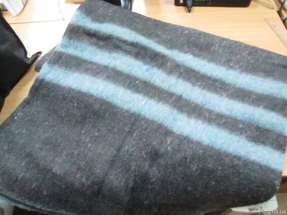 Теплое полушерстяное одеяло