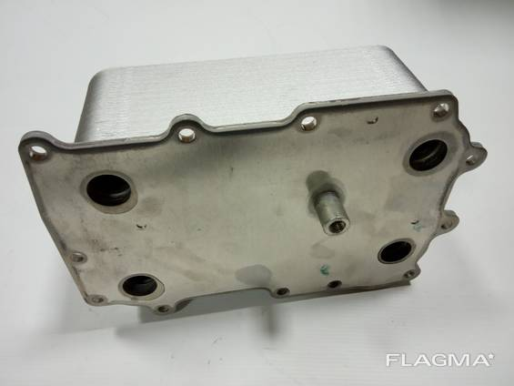 Теплообменник Радиатор масляный DAF CF85, XF105, XF95