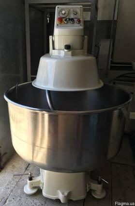 Тестомес спиральный с фиксированной дежой на 200 л. Bокu Б/У