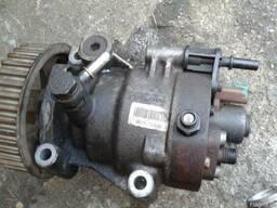Топлевный насос високого давления Renault Kango 1.5 dci