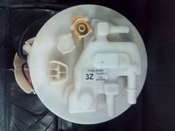 Топливный насос датчик уровня топлива Toyota 1. 6 1zr-fe 7702