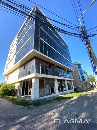 Торогово-офисное здание 2400 м. кв, Донецк