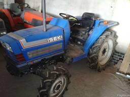 Трактор Iseki TA235F