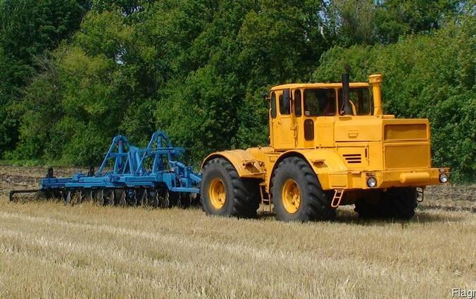Трактор К-701 Renault