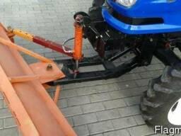 Трактор коммунальный Dongfeng-244 с отвалом и щеткой - фото 4