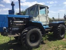 Трактор Т-150 колесные года 90-х. Двигатель ЯМЗ 236