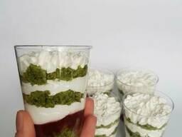 Трайфлы в стаканчиках (Шпинат-Клубника)