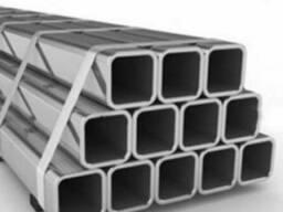 Труба профильная бесшовная 70х50х5 мм сталь 09Г2С