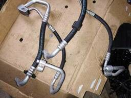 Трубка кондиционера 1. 7 Opel Astra H Zafira 13221022