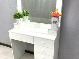 Туалетный столик для дома. Модель V410 белый