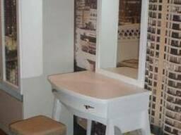 Туалетный столик из дерева от производителя