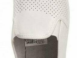 Туфли мужские кожаные, белые, черные с перфорацией