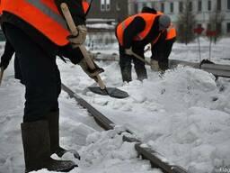 Убираем снег. Аренда трактора и самосвалов
