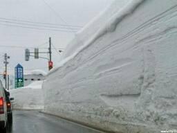 Убираем и вывозим снег спецтехникой и вручную. Все районы го