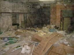Уборка подвалов, чердаков, территорий, помещений, складов.