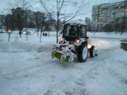 Уборка снега Киев. Чистка снега Киев. Вывоз снега Киев.