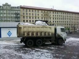 Уборка снега в Киеве.Вывоз снега ,Аренда трактора.