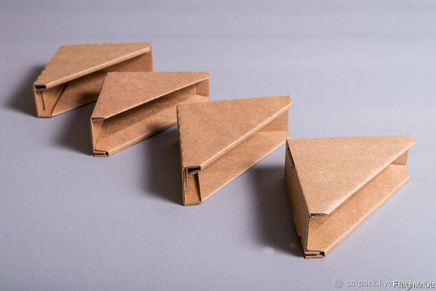 Уголки для картин картонные 70*70*25 мл.