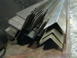 Уголок стальной 200х200х20мм ст 3 и ст 09г2с