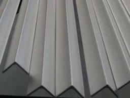 Уголок алюминевый 25х25х3