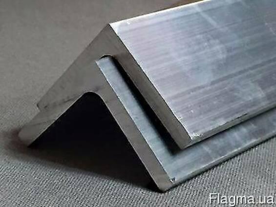 Равнополочный алюминиевый уголок АД31Т1 50х50х1,5