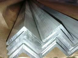 Алюминиевый профиль, уголок алюминиевый 40х40х2 БПО-581,