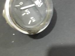 Указатель уровня топлива двигателя СССР и моточасов