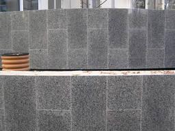 Укладка гранитной плитки цоколь, фасады, входные группы.
