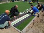 Монтаж укладка искусственной травы для футбола. - фото 2