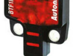 Ультракомпактный фотоэлектрический датчик со встроенным. ..