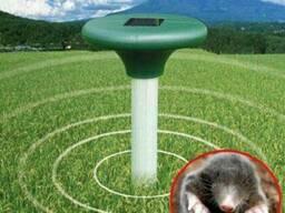 Ультразвуковой отпугиватель кротов на солнечных батар