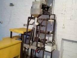 Упаковочный полуавтомат (Упаковщик) с весовым электронным до