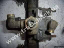 Ускорительный клапан Wabco 97301100