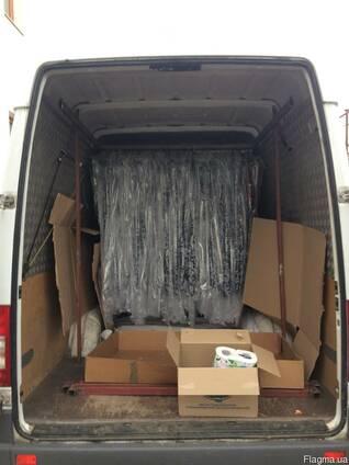 Услуги по перевозке одежди,текстильных изделий на вешалках