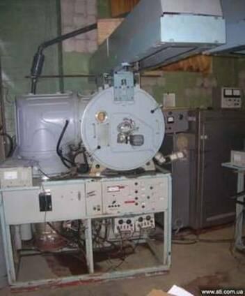Установка вакуумного напыления УВН-74п3 с магнетроном