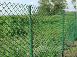 Установка забора из сетки рабица в Донецке