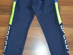 Утепленные трикотажные спортивные штаны для мальчика подростка на зиму 158
