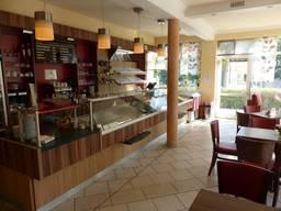 В центре курорта Германии под Лейпцигом - отличное, уютное кафе